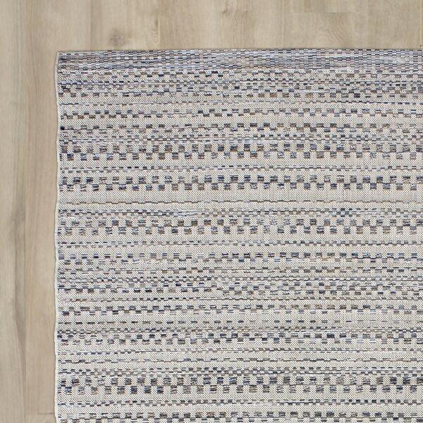 Papillion Dark Blue/Ivory Indoor/Outdoor Area Rug by Greyleigh