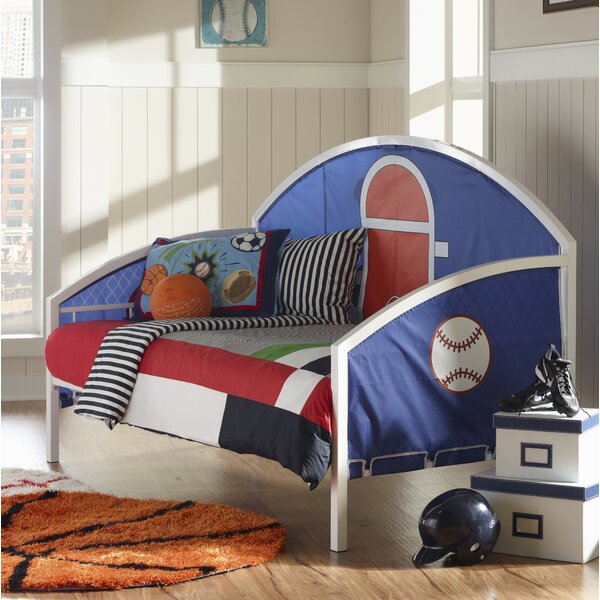 Donte Bed by Zoomie Kids