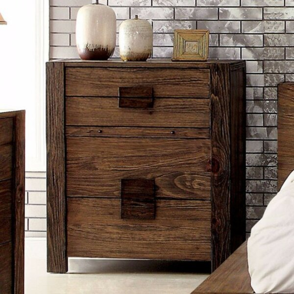 Boatwright Solid 4 Drawer Chest by Foundry Select