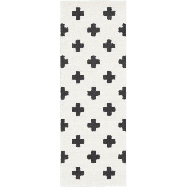 Krehbiel Bohemian Black/White Area Rug by Union Rustic
