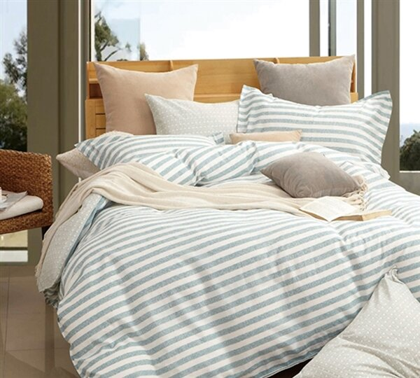 Baumgartner Stripes Comforter by Highland Dunes