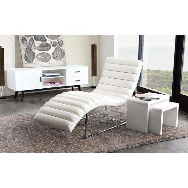 Bardot Chaise Lounge by Diamond Sofa