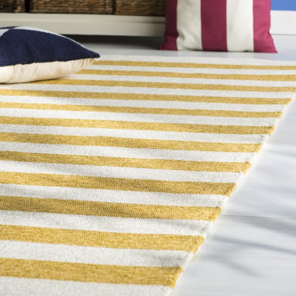 Suffield Gold/Cream Indoor/Outdoor Area Rug by Breakwater Bay
