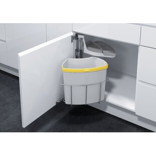 Oeko Pull Out Trash Can