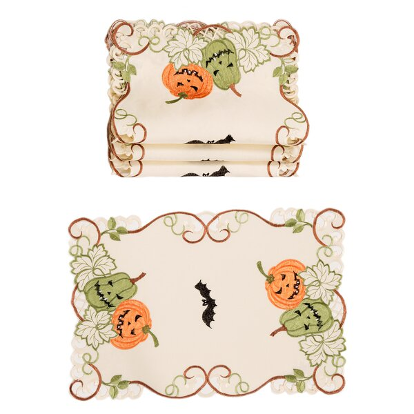 Oldham Halloween 19 Placemat (Set of 4) by The Holiday Aisle