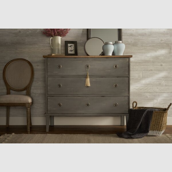 Richason 3 Drawers Standard Dresser by Bungalow Rose