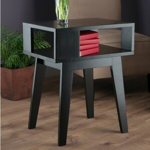 Bearden End Table by Mercury Row