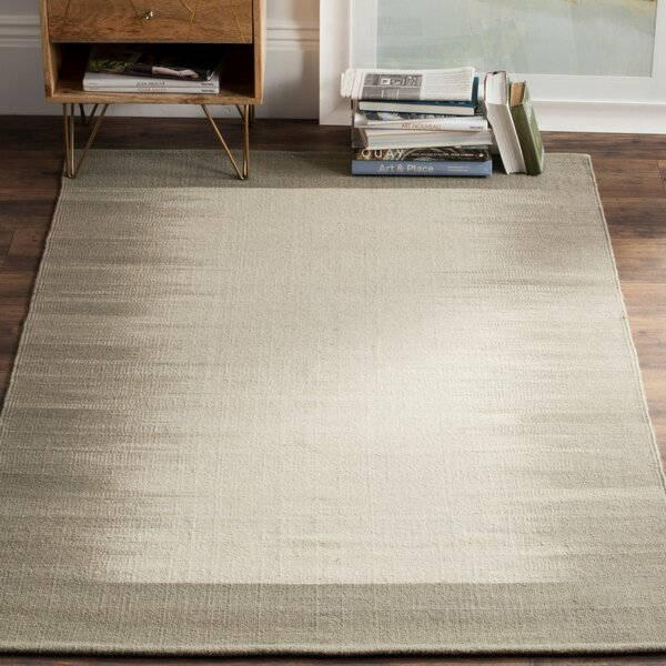 Kilim Hand-Knotted Wool Beige/Light Green Area Rug by Safavieh