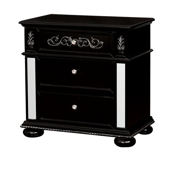 Esquivel 3 Drawer Nightstand By Rosdorf Park by Rosdorf Park Cheap