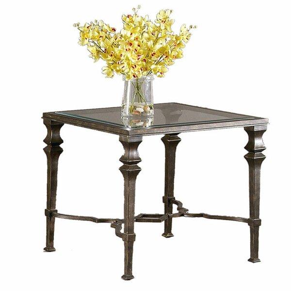 Nixa End Table by Fleur De Lis Living
