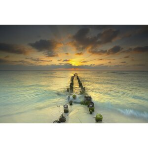 'Endlessly Out to Sea' Photographic Print on Canvas by East Urban Home