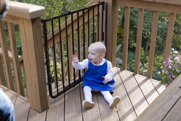 Beau Stairway Special Outdoor Gate