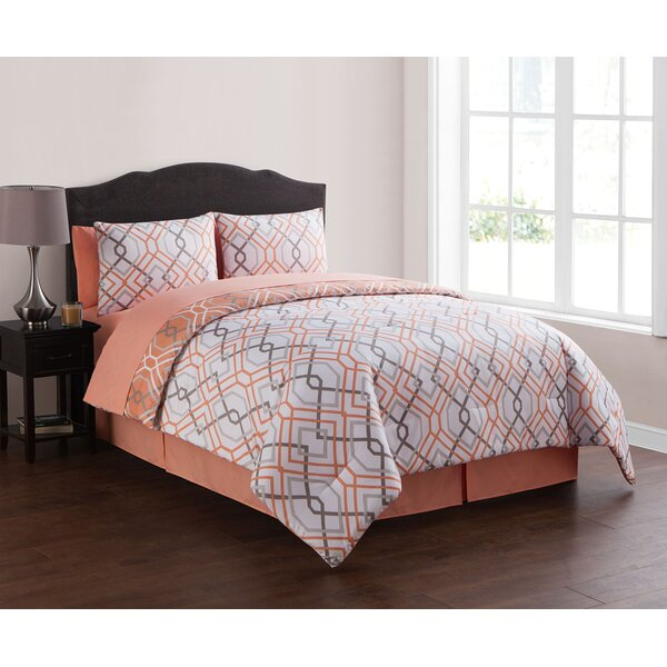 Filton Geometric Reversible Comforter Set by Darby Home Co