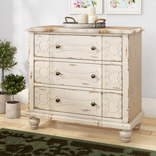 Istres 3 Drawer Accent Chest by Lark Manor