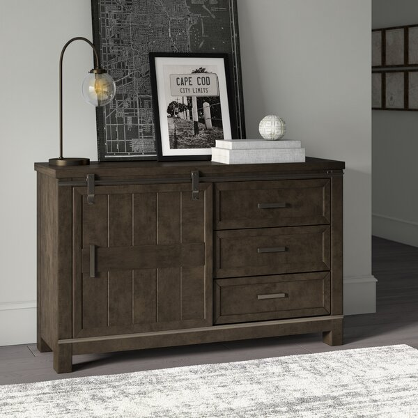 Sallie 3 Drawer Combo Dresser by Greyleigh
