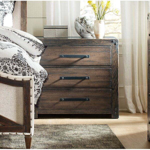 Roslyn County 3 Drawer Nightstand by Hooker Furniture
