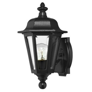 Reviews Manor House Outdoor Sconce By Hinkley Lighting