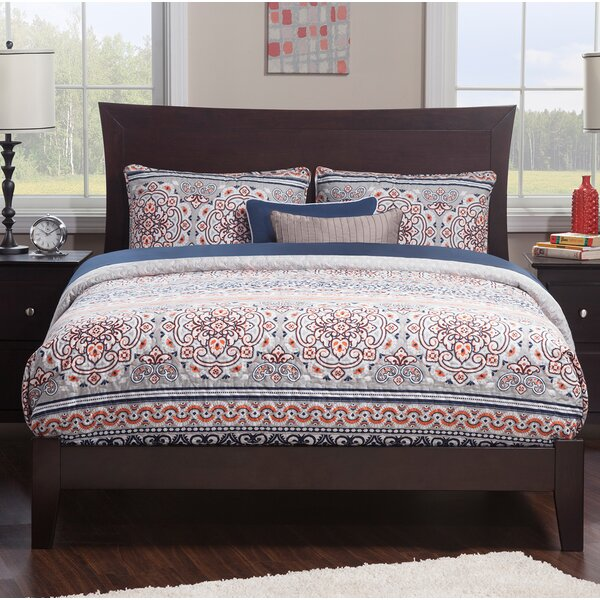 Yaeger Queen Panel Bed by Latitude Run