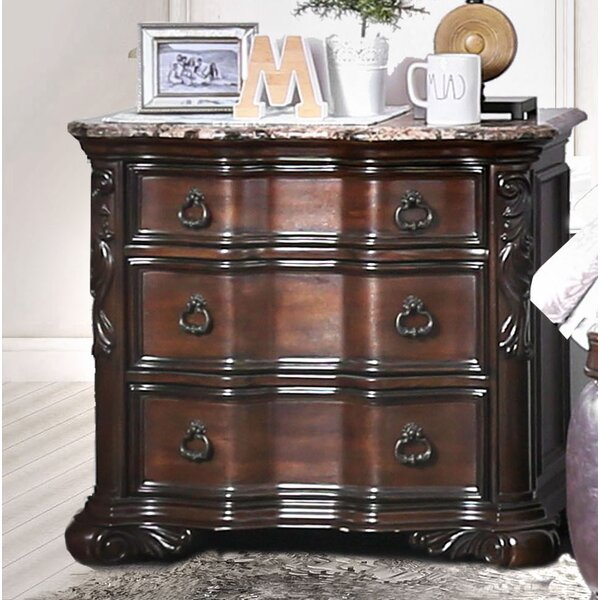 Rippy 3 Drawer Bachelors Chest by Astoria Grand