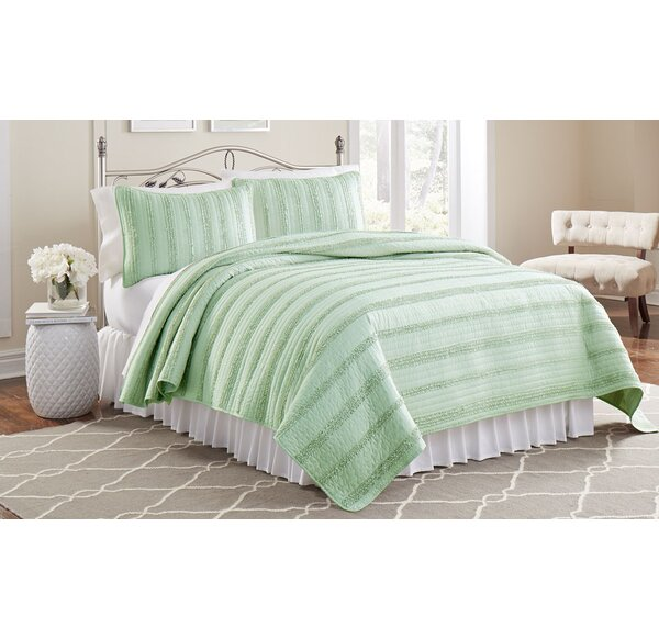 Mountain View 3 Piece Ruffled Quilt Set by Laurel Foundry Modern Farmhouse