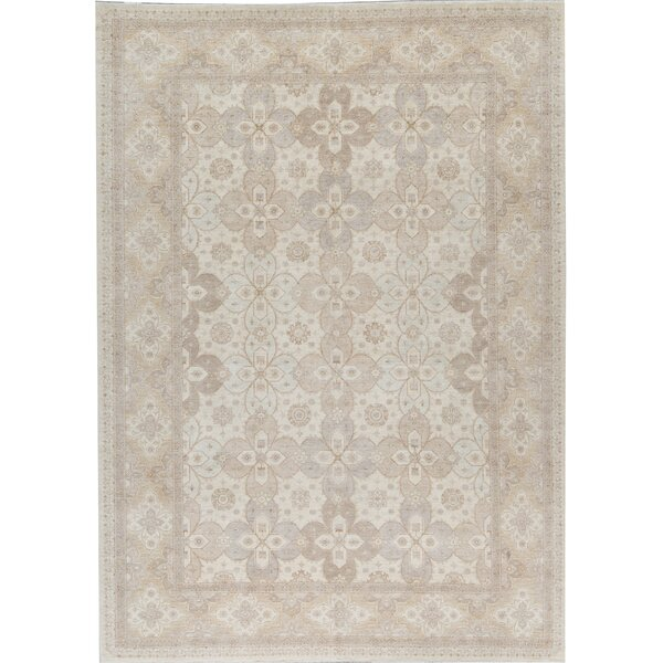 Oriental Hand-Knotted Wool Ivory/Green Area Rug