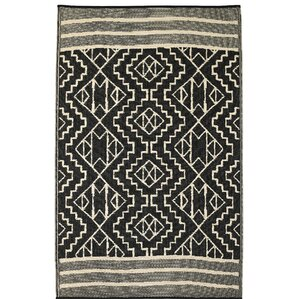 Tayler Indoor/Outdoor Black/Beige Area Rug