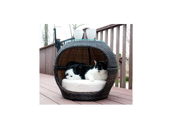 Cyrus Pet Igloo Bed by Tucker Murphy Pet
