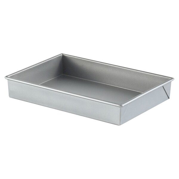 Nonstick Rectangular Cake Pan by Calphalon