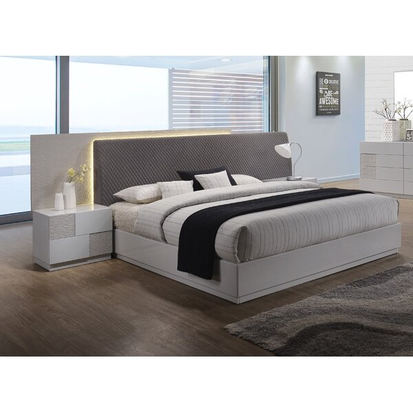 Lyset Upholstered Platform Bed by Latitude Run