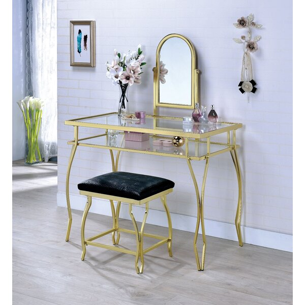 Edda Vanity Set with Mirror by House of Hampton