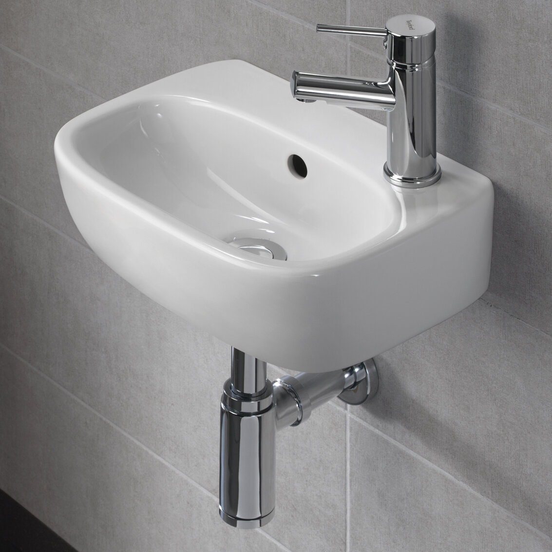 Bissonnet Moda Vitreous China 15 Wall Mount Bathroom Sink With Overflow Wayfair