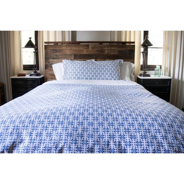 Villatoro Delft Reversible Comforter Set
