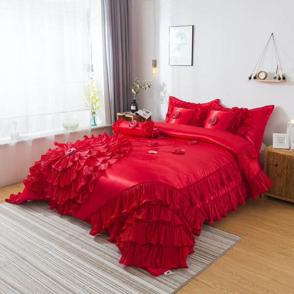 Mooney Comforter Set
