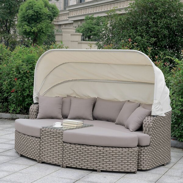 Mottla Patio Daybed with Cushions by Latitude Run