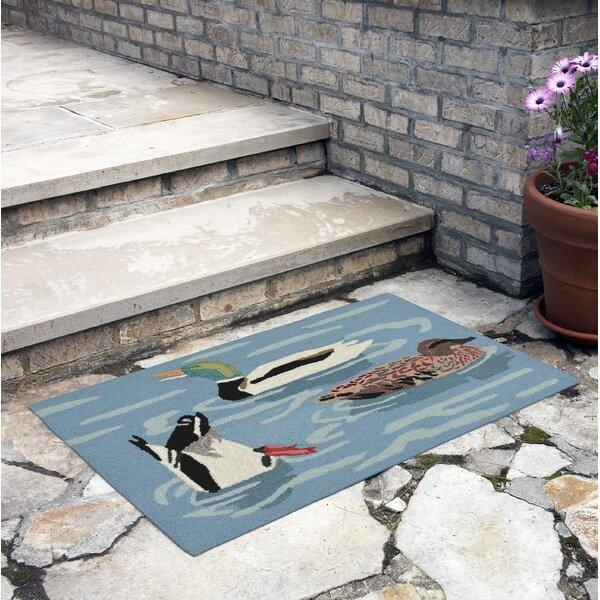 Tamara Duck Life Hand-Tufted Blue Indoor/Outdoor Area Rug by Loon Peak