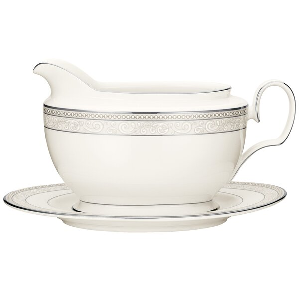 Cirque 18 oz. Gravy Boat with Tray by Noritake