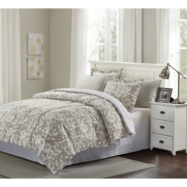 Biwabik Reversible Comforter Set by Charlton Home