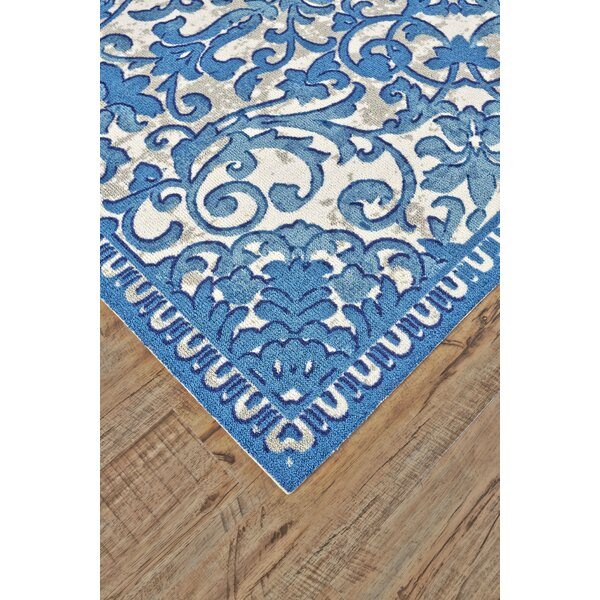 Hilldale Ocean Area Rug by Charlton Home