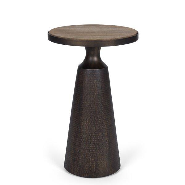 Laguna Martini End Table By Brownstone Furniture