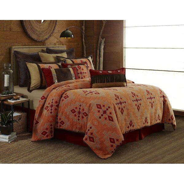 Maile Comforter Set