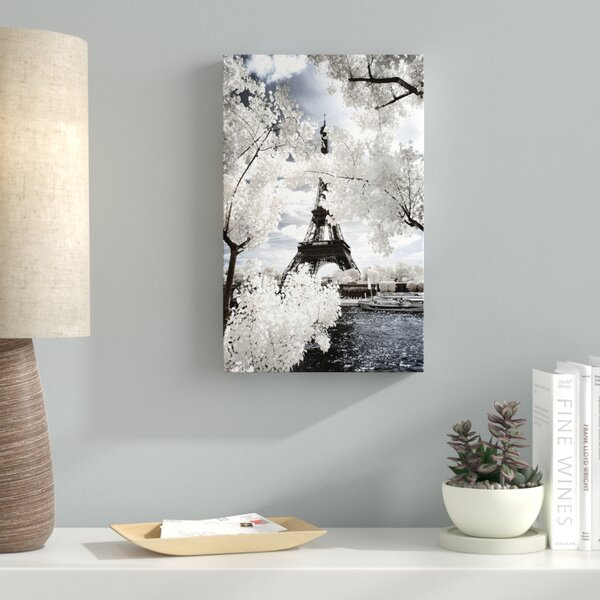 Another Look at Paris IV Photographic Print on Wrapped Canvas by Latitude Run