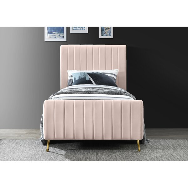 Summersville Upholstered Platform Bed by Everly Quinn