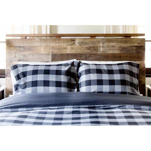 Sartain Reversible Comforter Set