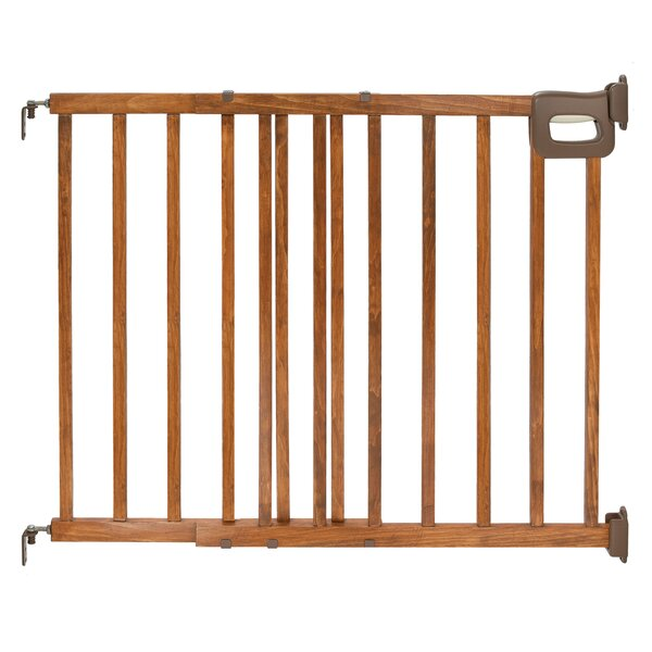 Deluxe Wood Stairway Gate by Summer Infant