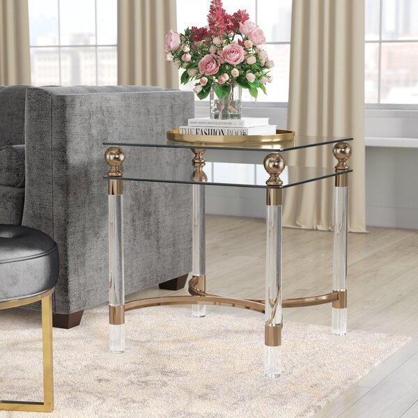 Review Augusto End Table