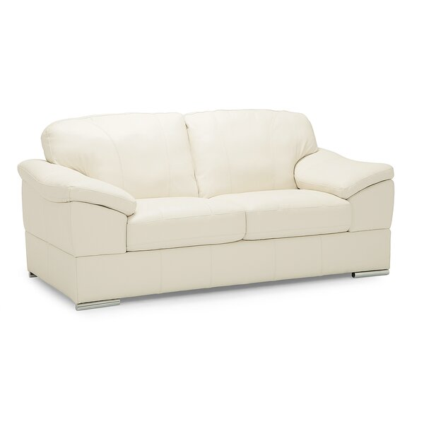 Discounted Richardson Loveseat by Palliser Furniture by Palliser Furniture