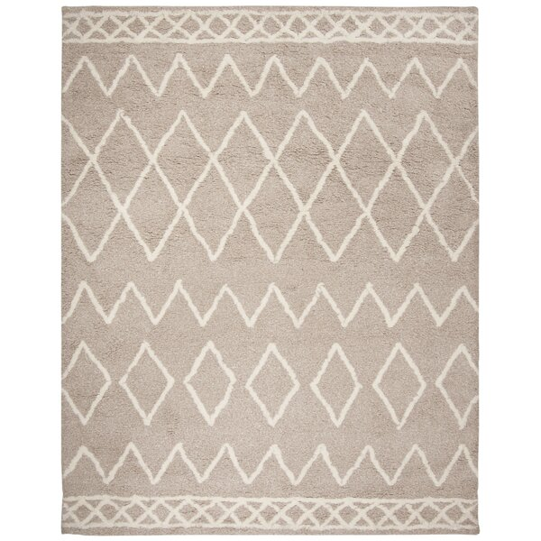Boyland Shag Hand-Tufted Beige/Ivory Area Rug by Union Rustic