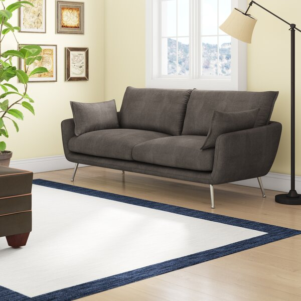 Review Vantage Sofa