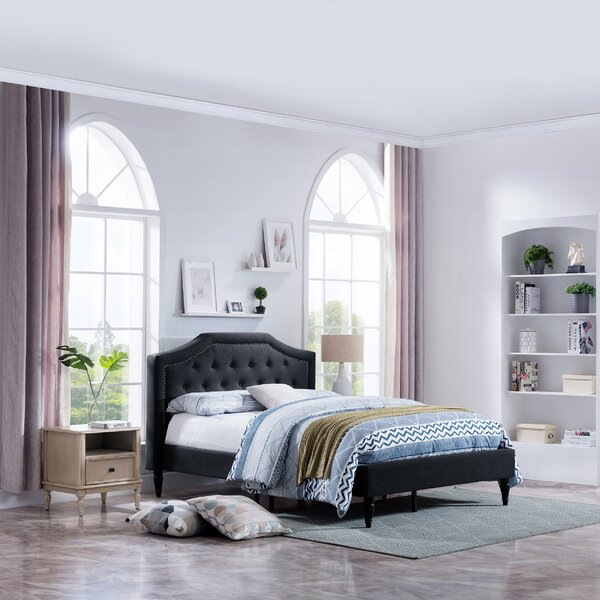 Blumberg Queen Upholstered Platform Bed by House of Hampton