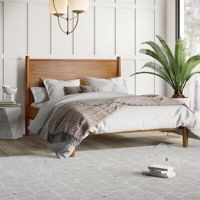 Goree Platform Bed Mercury Row Size: King, Color: Oak